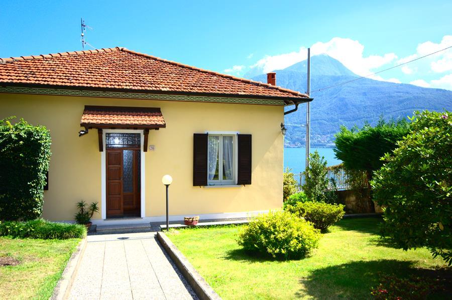Case Lago di Como: bellissima villetta in Pianello del Lario