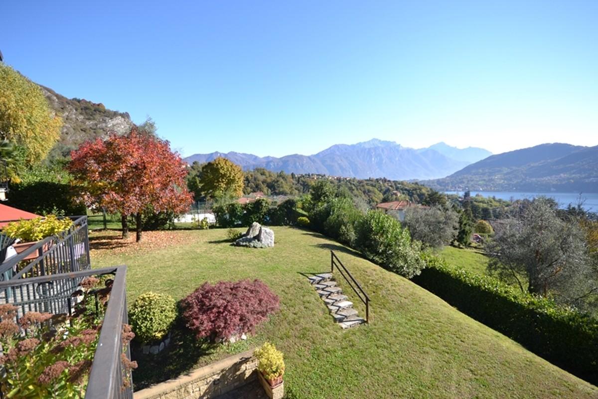 Lago di como tremezzo monolocale vista lago con terrazzo for Lago vista