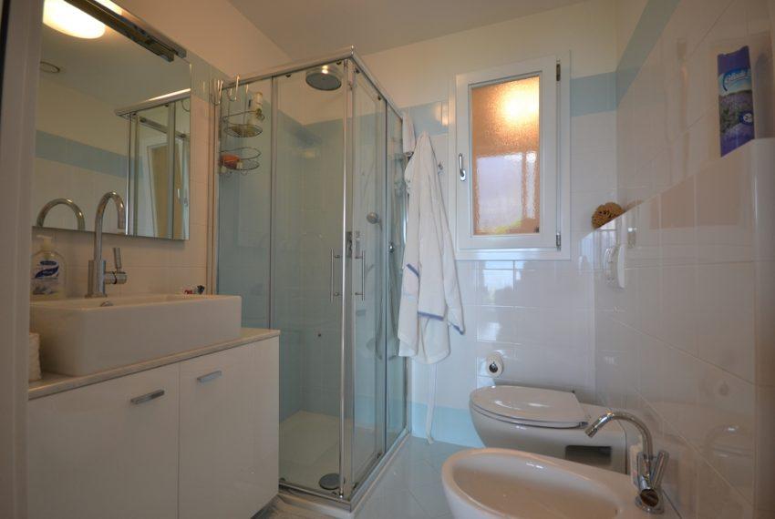 Menaggio appartamento vendita in residence con piscina (23)