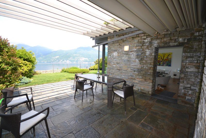 Menaggio appartamento vendita in residence con piscina (24)