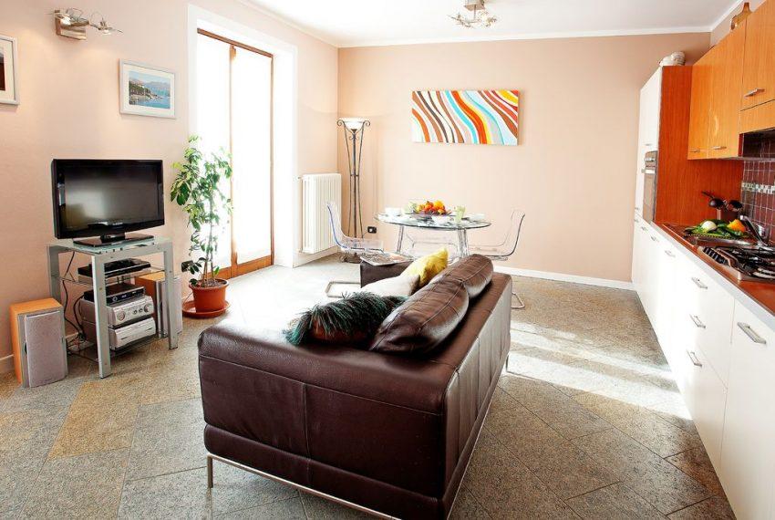 Lenno appartamento in centro (2)