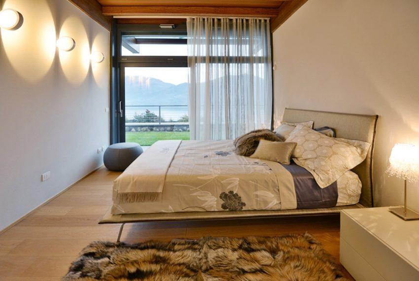 Menaggio moderna villa vendita sul Lago di Como (14)