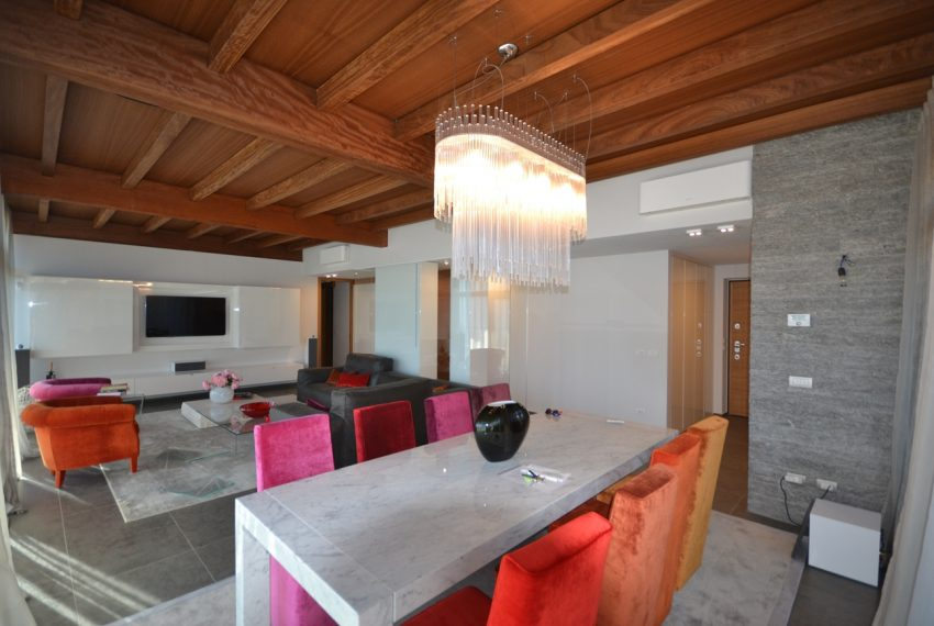 Menaggio moderna villa vendita sul Lago di Como (16)