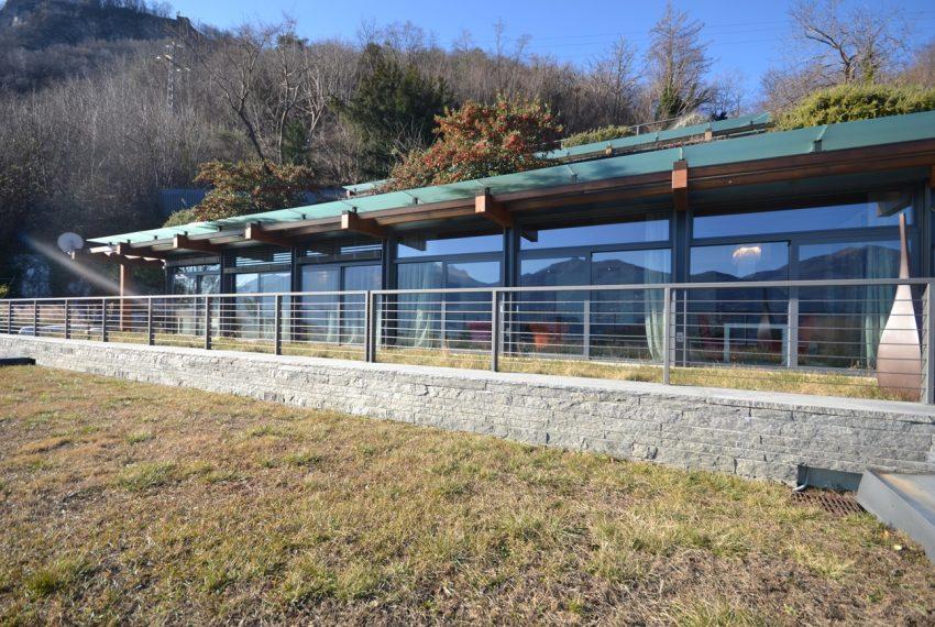 Menaggio moderna villa vendita sul Lago di Como (8)