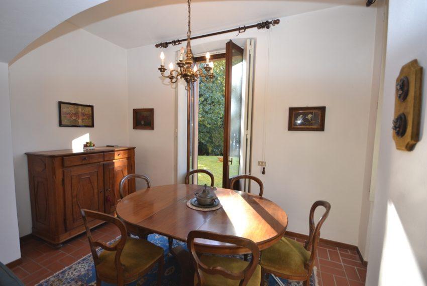 Tremezzo villa d'epoca con parco lago di Como (11)