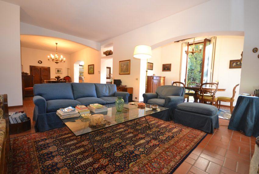 Tremezzo villa d'epoca con parco lago di Como (12)