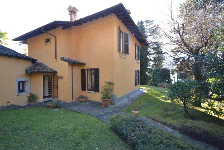 Tremezzo villa d'epoca con parco lago di Como (19)