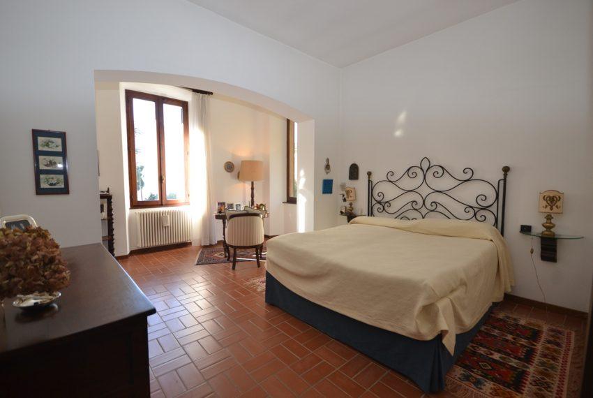 Tremezzo villa d'epoca con parco lago di Como (20)