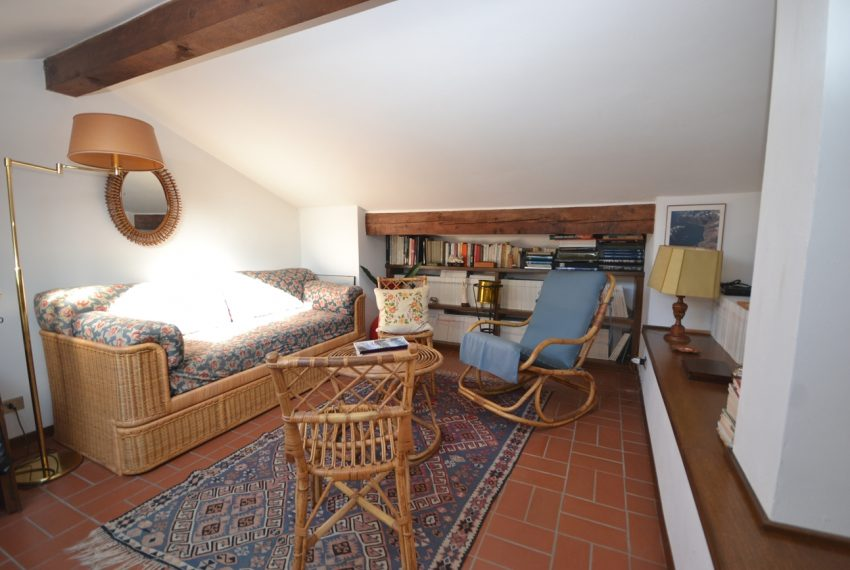 Tremezzo villa d'epoca con parco lago di Como (3)
