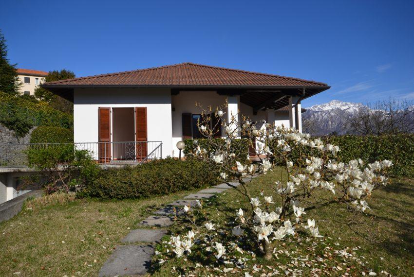 Lago di Como vendesi a Tremezzo vilal indipendente con giardino (3)