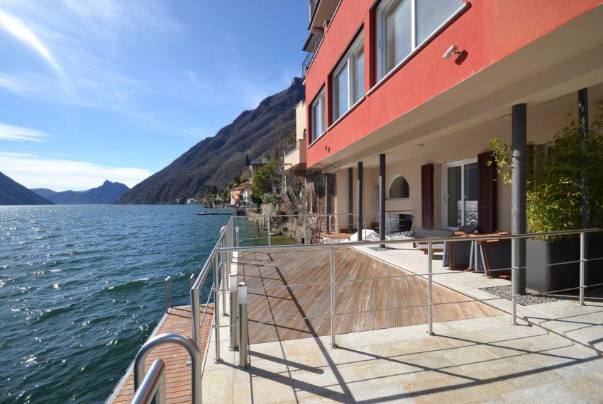 Lago di Lugano Porlezza appartamento a lago in vendita con attracco barca (1)