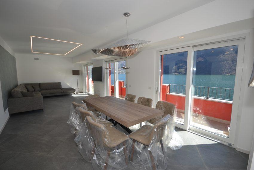 Lago di Lugano Porlezza appartamento a lago in vendita con attracco barca (12)