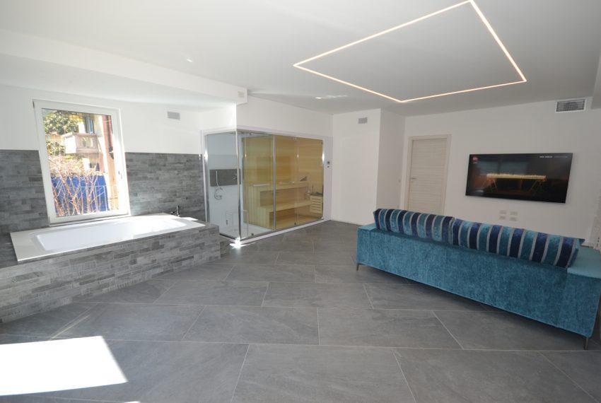 Lago di Lugano Porlezza appartamento a lago in vendita con attracco barca (5)
