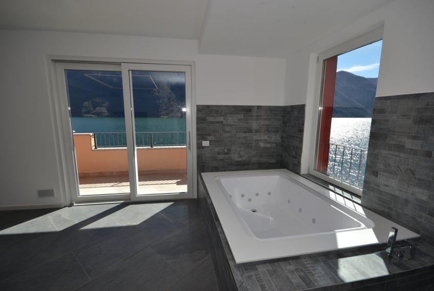 Lago di Lugano Porlezza appartamento a lago in vendita con attracco barca (6)