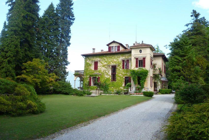 menaggio villa d'epoca vendesi lago di Como (4)