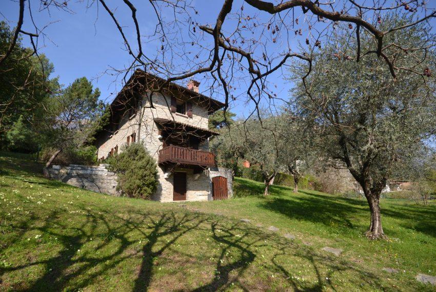 Griante villa vendita con parco - Lago di Como (4)