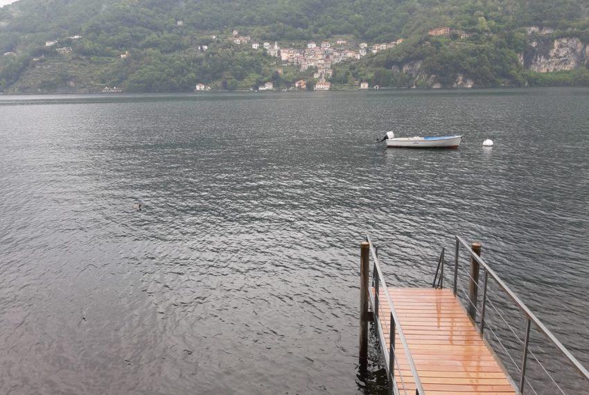 Lago di Como Laglio villa a lago con giardino e attracco barca (4)