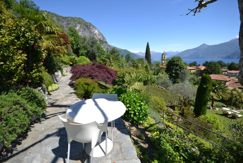 Lago di Como villa in sasso vendita a Griante - vista Bellagio (12)