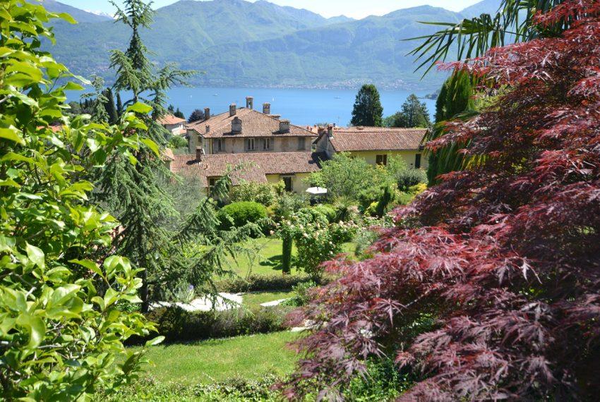 Lago di Como villa in sasso vendita a Griante - vista Bellagio (13)