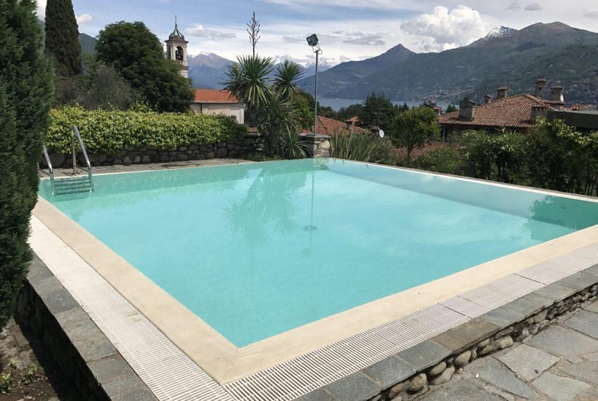 Lago di Como villa in sasso vendita a Griante - vista Bellagio (2)