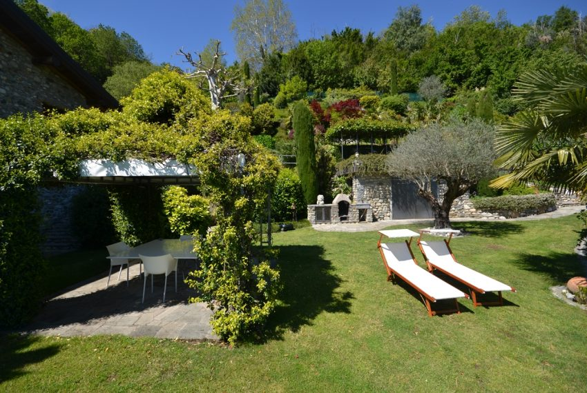 Lago di Como villa in sasso vendita a Griante - vista Bellagio (5)