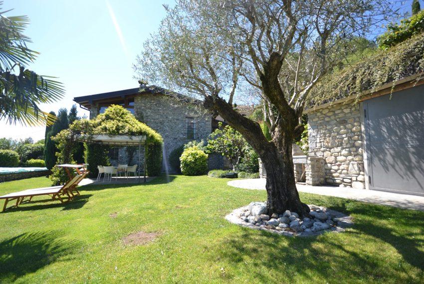 Lago di Como villa in sasso vendita a Griante - vista Bellagio (6)
