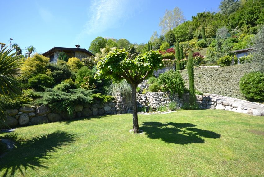 Lago di Como villa in sasso vendita a Griante - vista Bellagio (8)