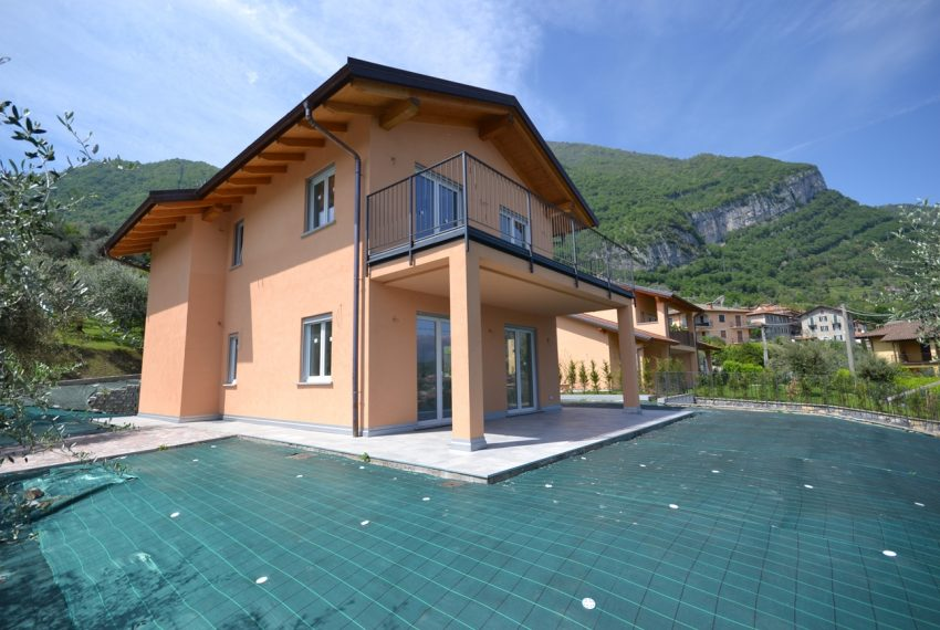 Tremezzina Mezzegra villa vendita composta da due appartamenti (8)