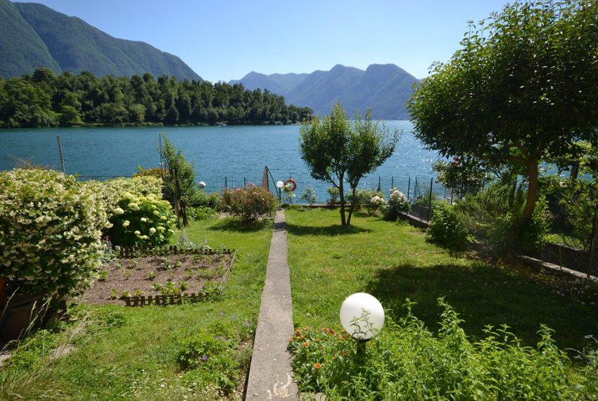 Lago Como Ossuccio - Tremezzina. Casa con giardino a lago in vendita (7)