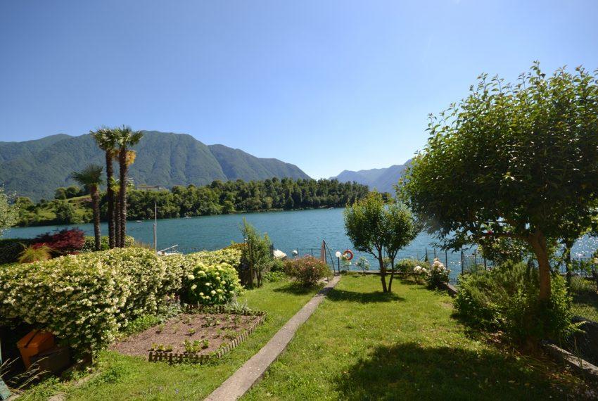 Lago Como Ossuccio - Tremezzina. Casa con giardino a lago in vendita (8)