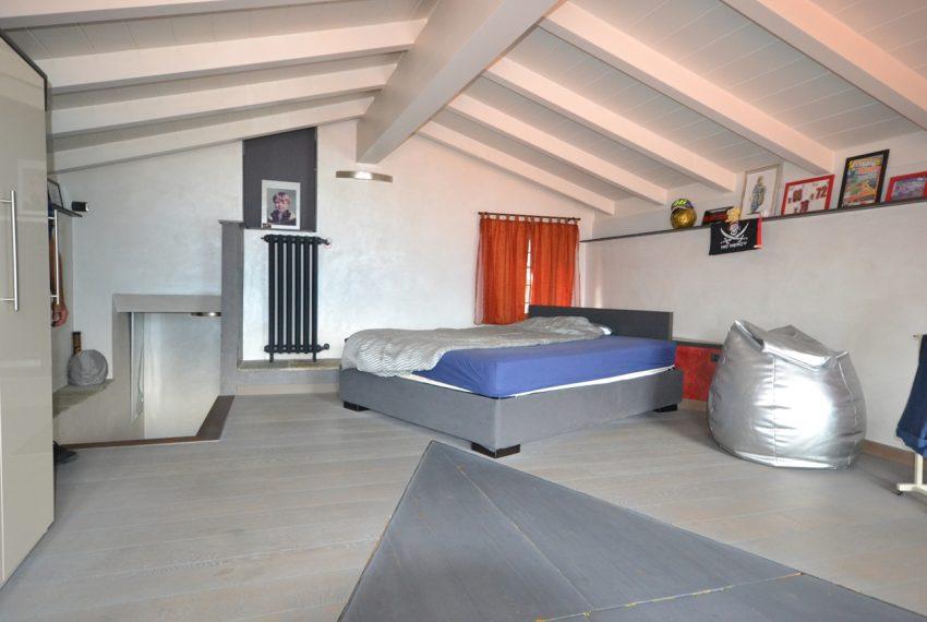 Lago Como PIanello casa in sasso ristrutturata a nuovo con vista lago e terrazzo. Ideale investimento. (3)