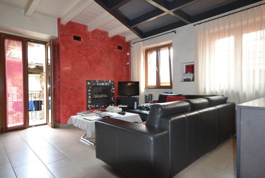 Lago Como PIanello casa in sasso ristrutturata a nuovo con vista lago e terrazzo. Ideale investimento. (7)