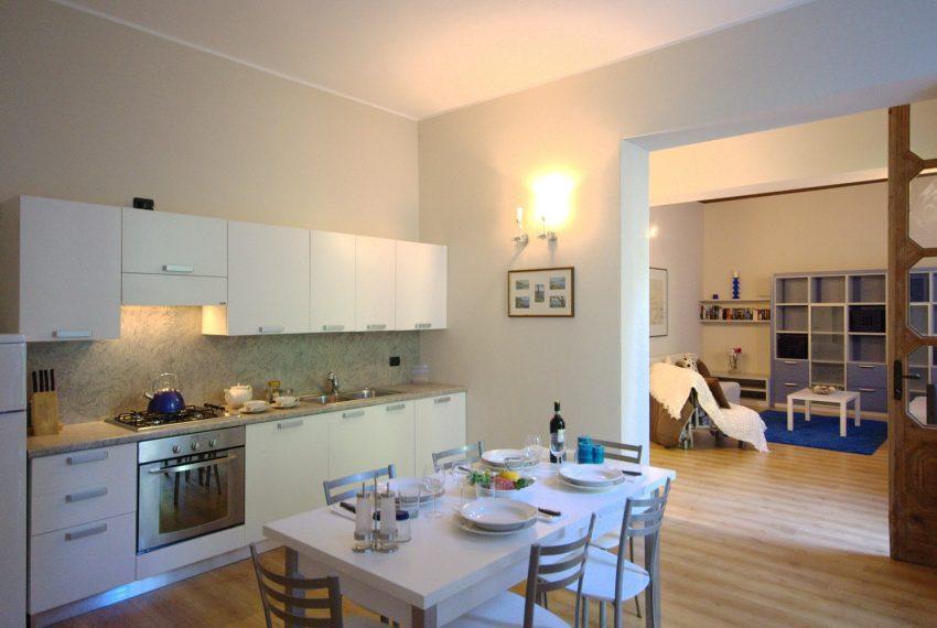Griante appartamenti in vilal storica fronte lago. Lago di como (2)
