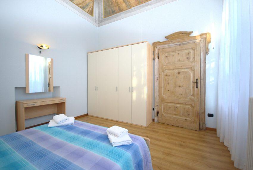 Griante appartamenti in vilal storica fronte lago. Lago di como (3)