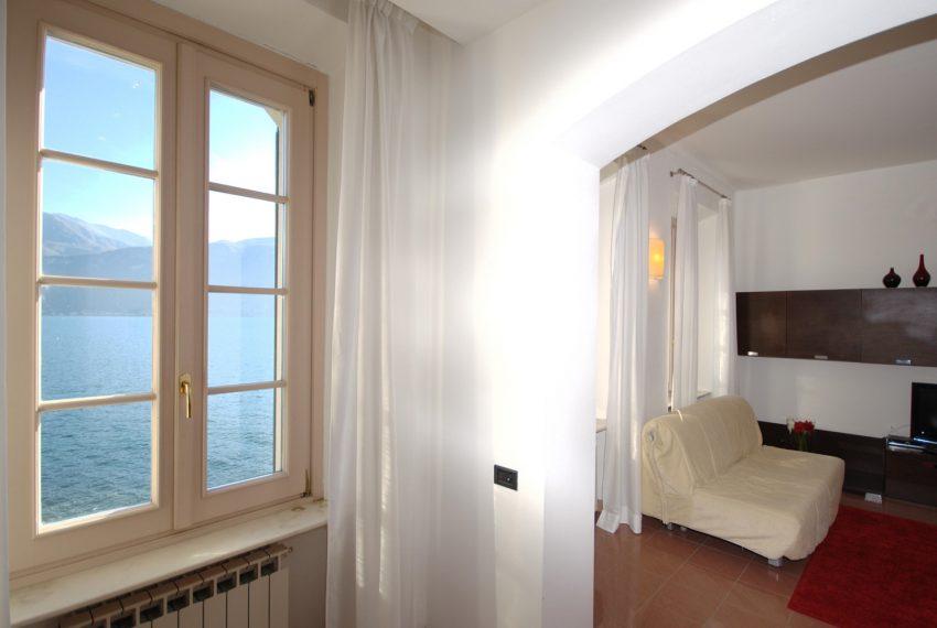 Griante appartamenti in villa storica fronte lago. (1)