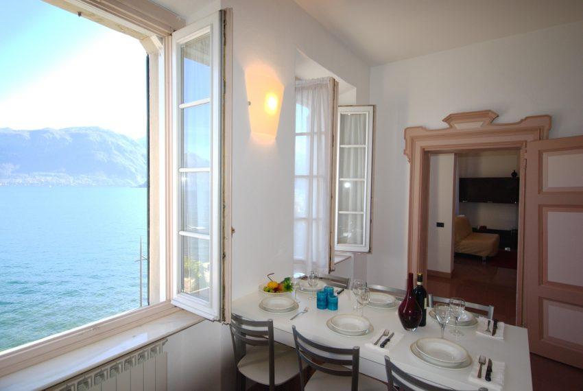 Griante appartamenti in villa storica fronte lago. (5)