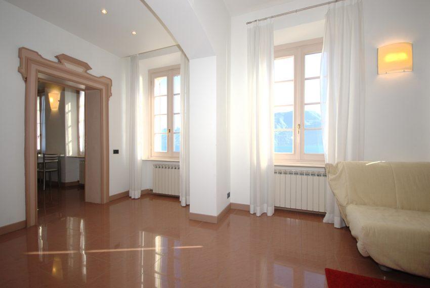 Griante appartamenti in villa storica fronte lago. (7)