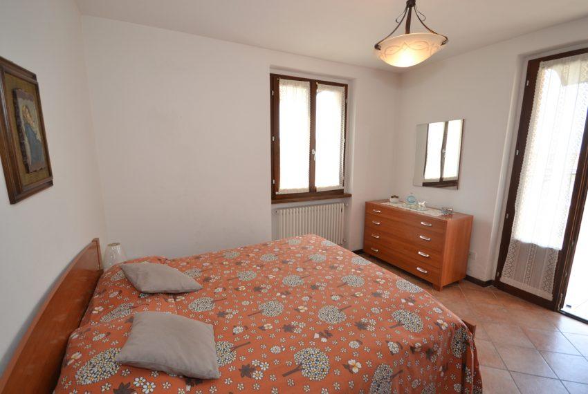 Plesio appartamento in vendita a 4 km da Menaggio. Trilocale con ampio terrazzo (8)