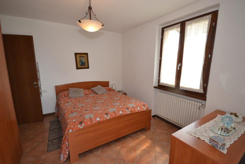 Plesio appartamento in vendita a 4 km da Menaggio. Trilocale con ampio terrazzo (9)