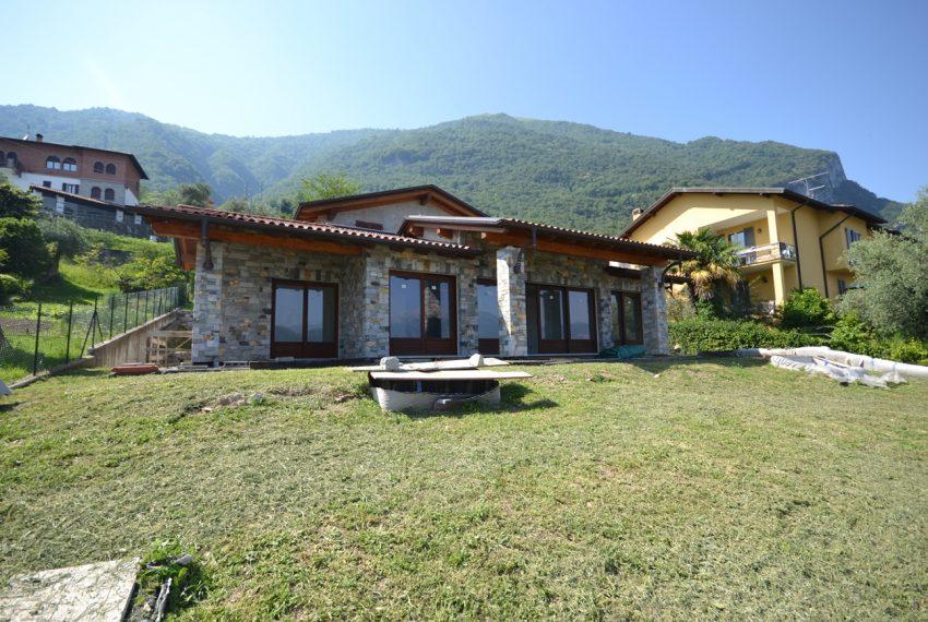 Tremezzina Lago di Como villa invendita con vista lago e ampio giardino (3)