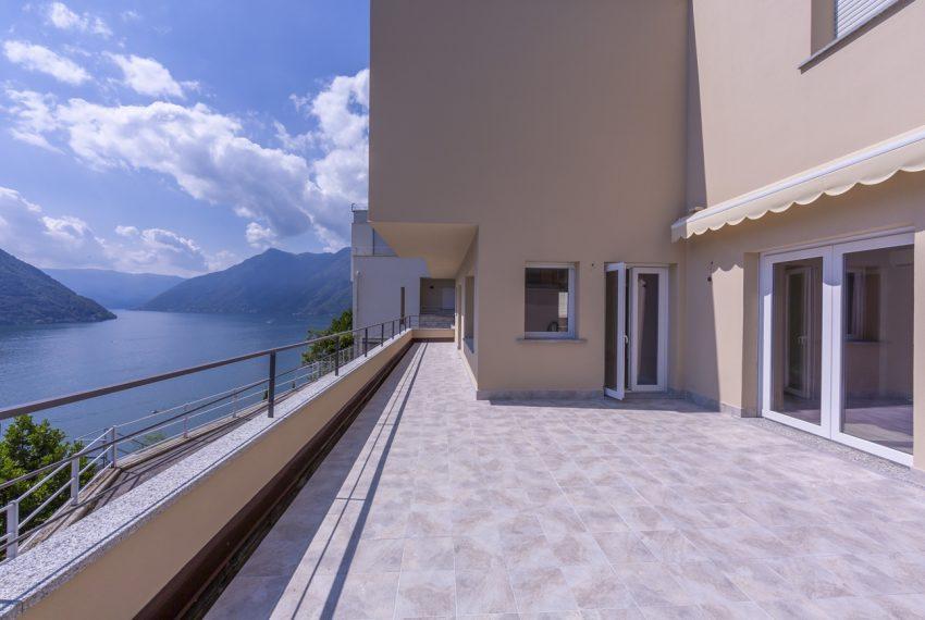 lake como villa for sale qith amazing lake view (19)