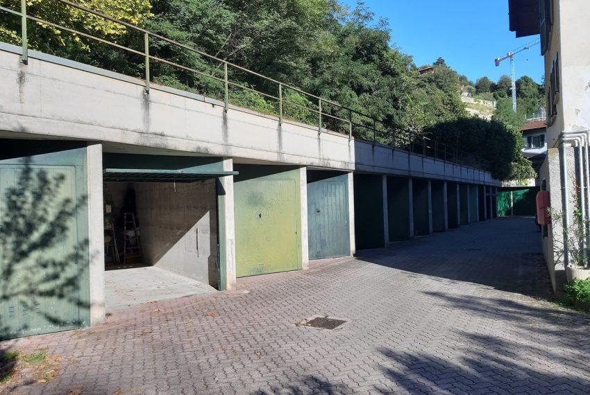 Tremezzo appartamento in villa con parco. € 75.000 arredamento e garage compresi (7)