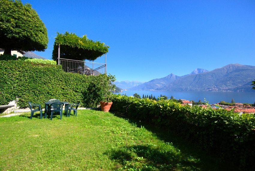 Menaggio dimora villa in vendita con giardino e vista lago. Due minuti a piedi dal centro (10)
