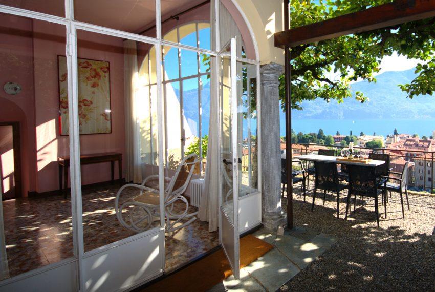 Menaggio dimora villa in vendita con giardino e vista lago. Due minuti a piedi dal centro (3)