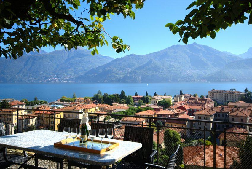 Menaggio dimora villa in vendita con giardino e vista lago. Due minuti a piedi dal centro (4)