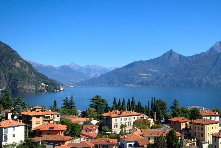 Menaggio dimora villa in vendita con giardino e vista lago. Due minuti a piedi dal centro (9)