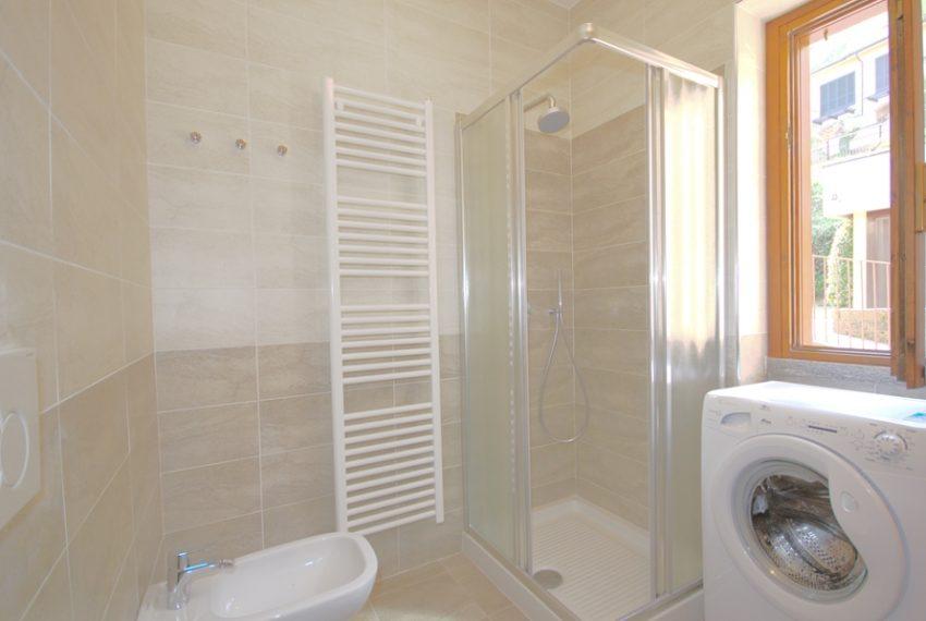 menaggio appartamento in residence con piscina, garage e ampio terrazzo coperto vista lago (11)