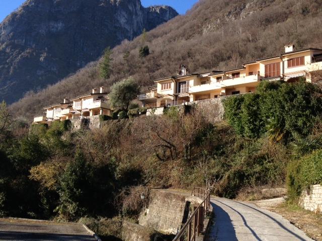menaggio appartamento in residence con piscina, garage e ampio terrazzo coperto vista lago (14)