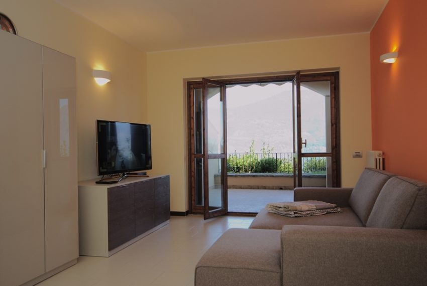 menaggio appartamento in residence con piscina, garage e ampio terrazzo coperto vista lago (7)