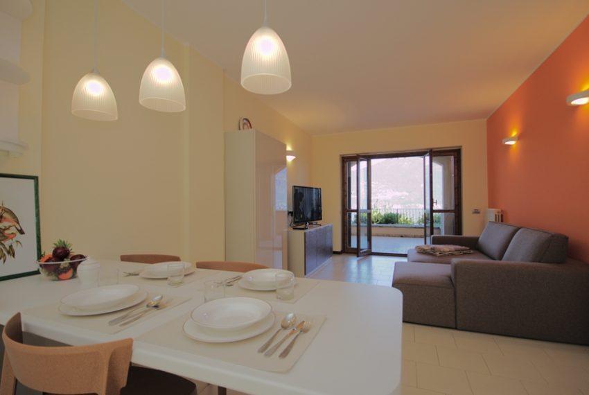 menaggio appartamento in residence con piscina, garage e ampio terrazzo coperto vista lago (9)